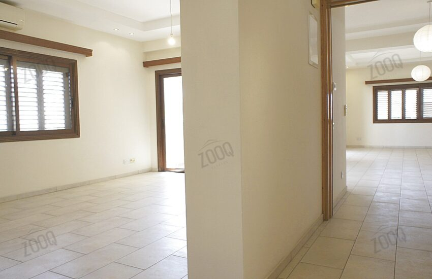 3 bed whole floor flat rent acropolis 8