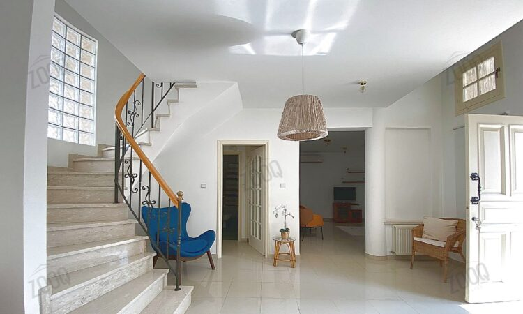 3 bed upper house for rent in engomi 3