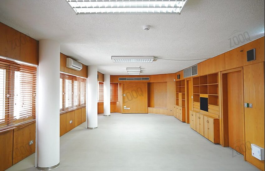Office for rent in city centre, nicosia cyprus 2